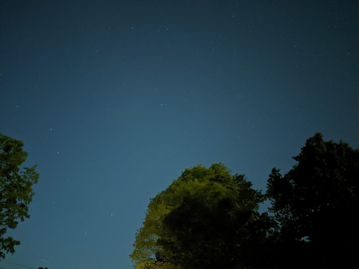 هذه هي الصور المدهشة للنجوم التي يقوم بها Pixel 4 2