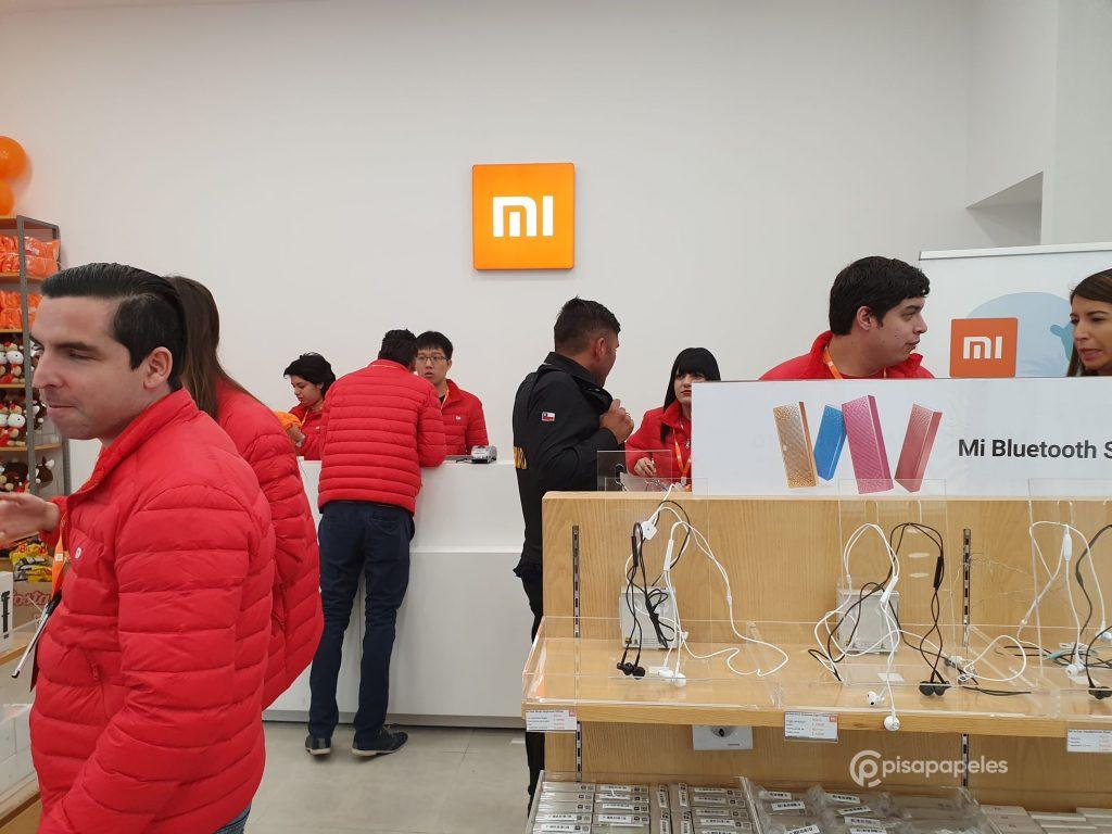 بمساعدة أكثر من ألف شخص ، تم افتتاح متجر Xiaomi Mi Store الثاني في تشيلي 4