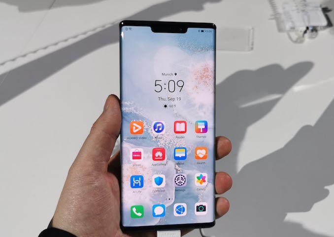 """الرئيس التنفيذي لشركة Huawei ريتشارد يو سؤال وجواب: """"السياسيون يلعبون الألعاب"""" 4"""