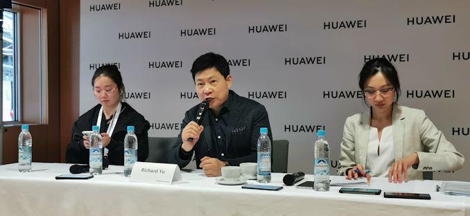 """الرئيس التنفيذي لشركة Huawei ريتشارد يو سؤال وجواب: """"السياسيون يلعبون الألعاب"""" 6"""