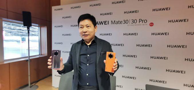 """الرئيس التنفيذي لشركة Huawei ريتشارد يو سؤال وجواب: """"السياسيون يلعبون الألعاب"""" 7"""