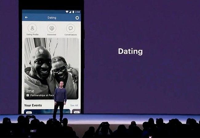 هذا صحيح Facebook التي يرجع تاريخها ، والتي يرجع تاريخها التطبيق من Facebook.