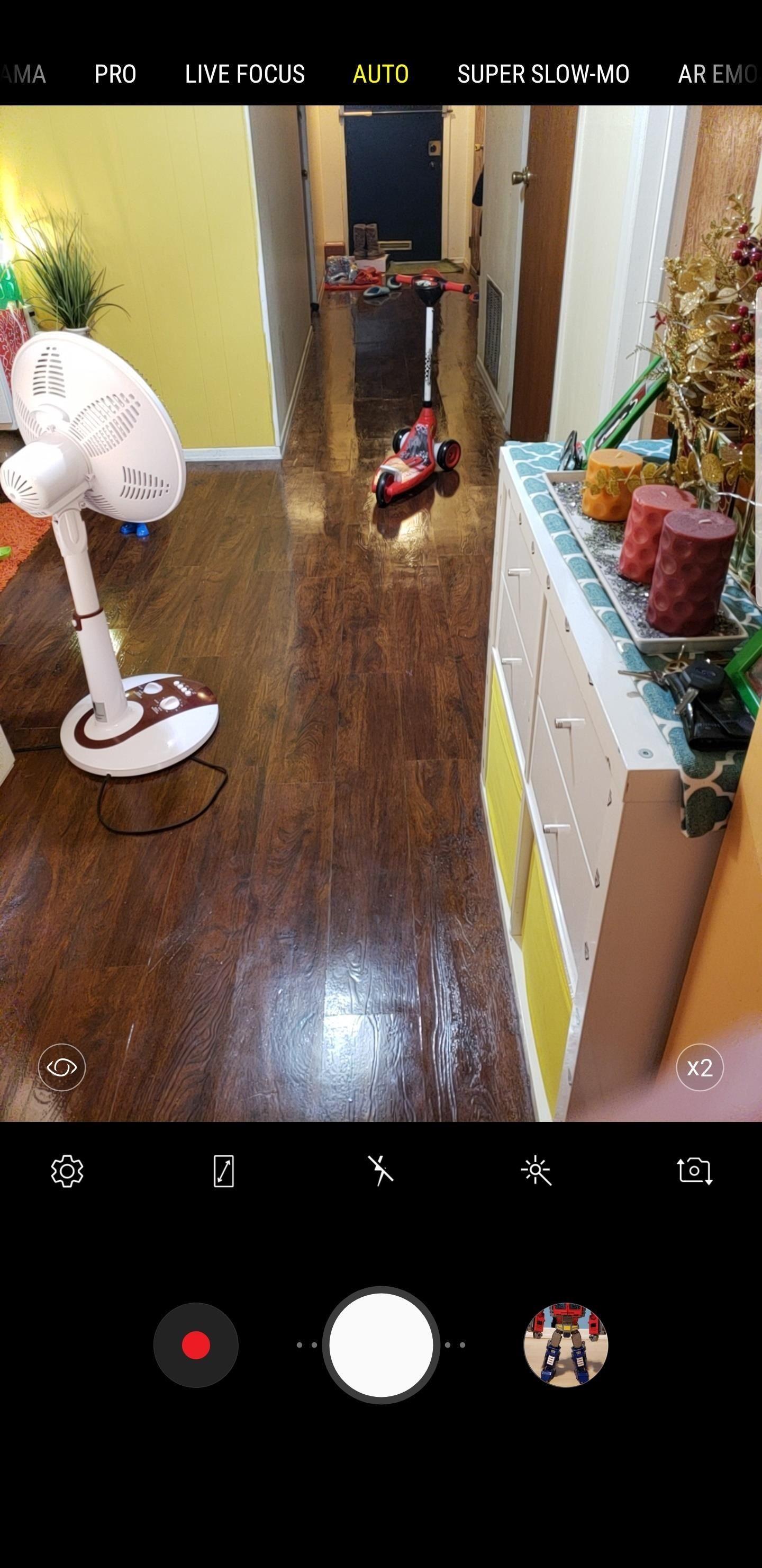 كيفية تمكين لقطات ملء الشاشة على الكاميرا الخاصة بك Galaxy S9