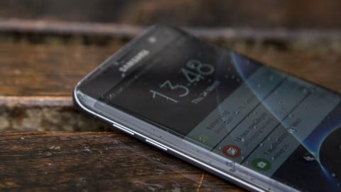 سامسونج Galaxy S7 حافة العرض المنحني