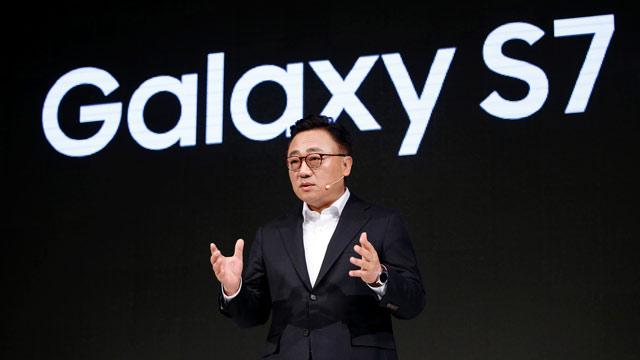 أعلنت شركة Samsung أنها لن تصدر ملف Galaxy S8 في Mobile World Congress 2017 1