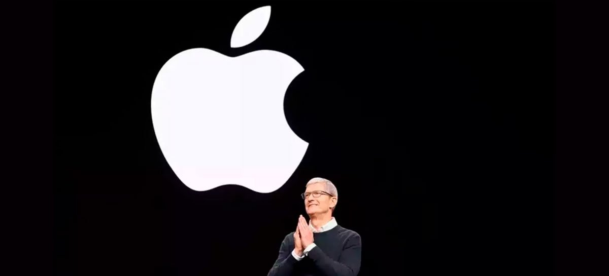 يتحدث تيم كوك عن إمكانية الحصول على سيارة ذاتية القيادة من Apple 1