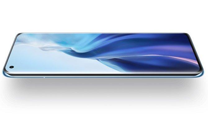 تمت الإشادة بشاشة Xiaomi Mi 11 لعرضها اللوني الدقيق
