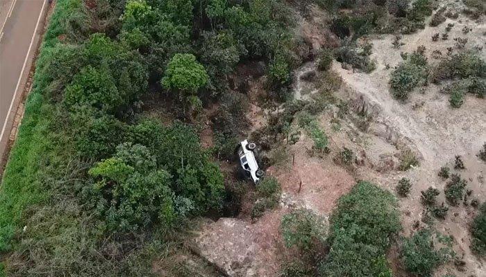 تم العثور على رجل من قبل شركة متخصصة في الطائرات بدون طيار بعد 40 ساعة في خدعة في MG 2
