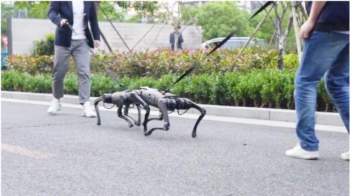 """شركة الروبوتات الصينية يونيتري تطلق A1 ، كلب آلي بسعر """"معقول"""" 3"""