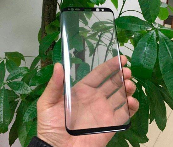 Galaxy سيأتي S8 بمقبس سماعة رأس ومنصة تعمل على تحويل الهاتف الذكي إلى كمبيوتر شخصي [Rumor] 2